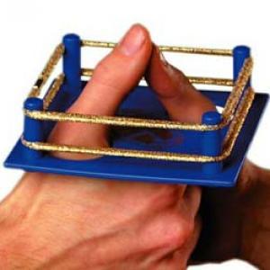 ring-combat-de-pouces