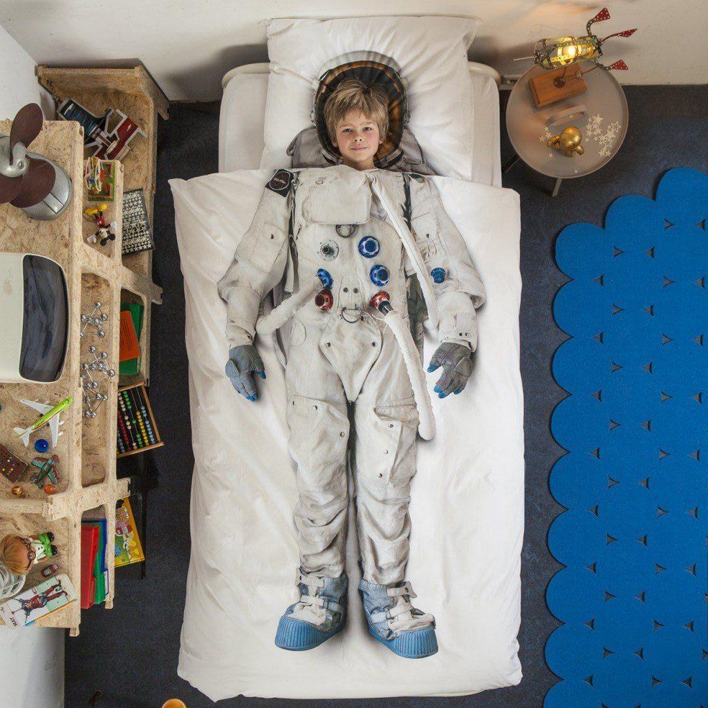 couette-astronaute-2