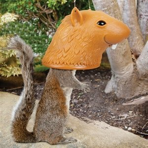 mangeoire-ecureuils-tete-plastique-2