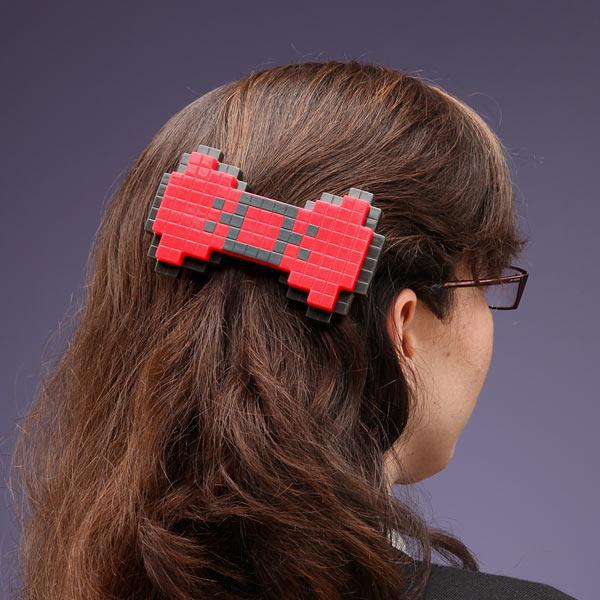 barrette-cheveux-8bit-fille-geekette