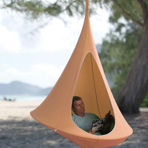 hamac cocon suspendu trouver un havre de paix dans votre. Black Bedroom Furniture Sets. Home Design Ideas