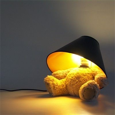 lampe ours en peluche un nounours transform en lampe. Black Bedroom Furniture Sets. Home Design Ideas