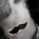 pansement-moustache-cou