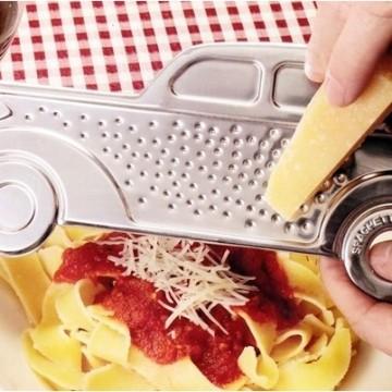 rape-al-capone-fromage-parmesan-doseur-spaghetti-2