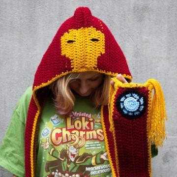 scoodie-hoodie-iron-main-capuche-foulard-echarpe