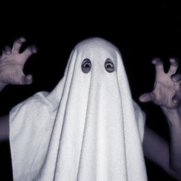 serviette-fantome-homme