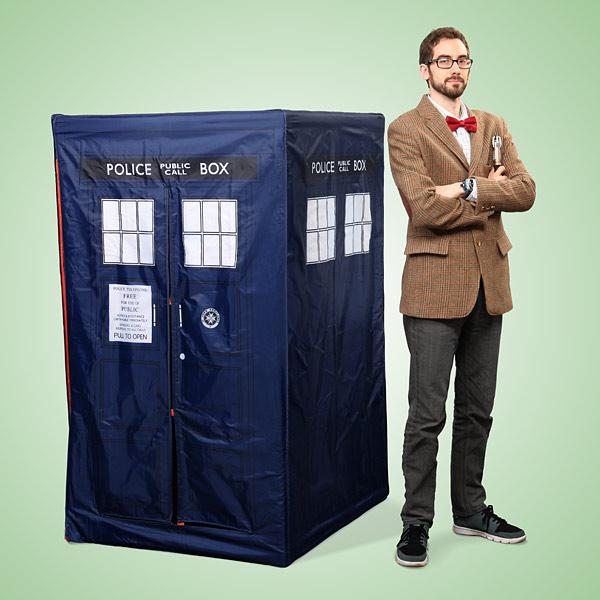 tente-de-jeux-TARDIS-doctor-who