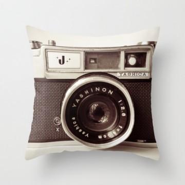 coussin-appareil-photo-argentique