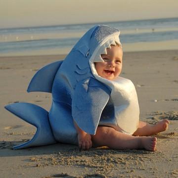 deguisement-requin-bebe