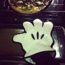 gant-de-cuisine-mickey-mouse