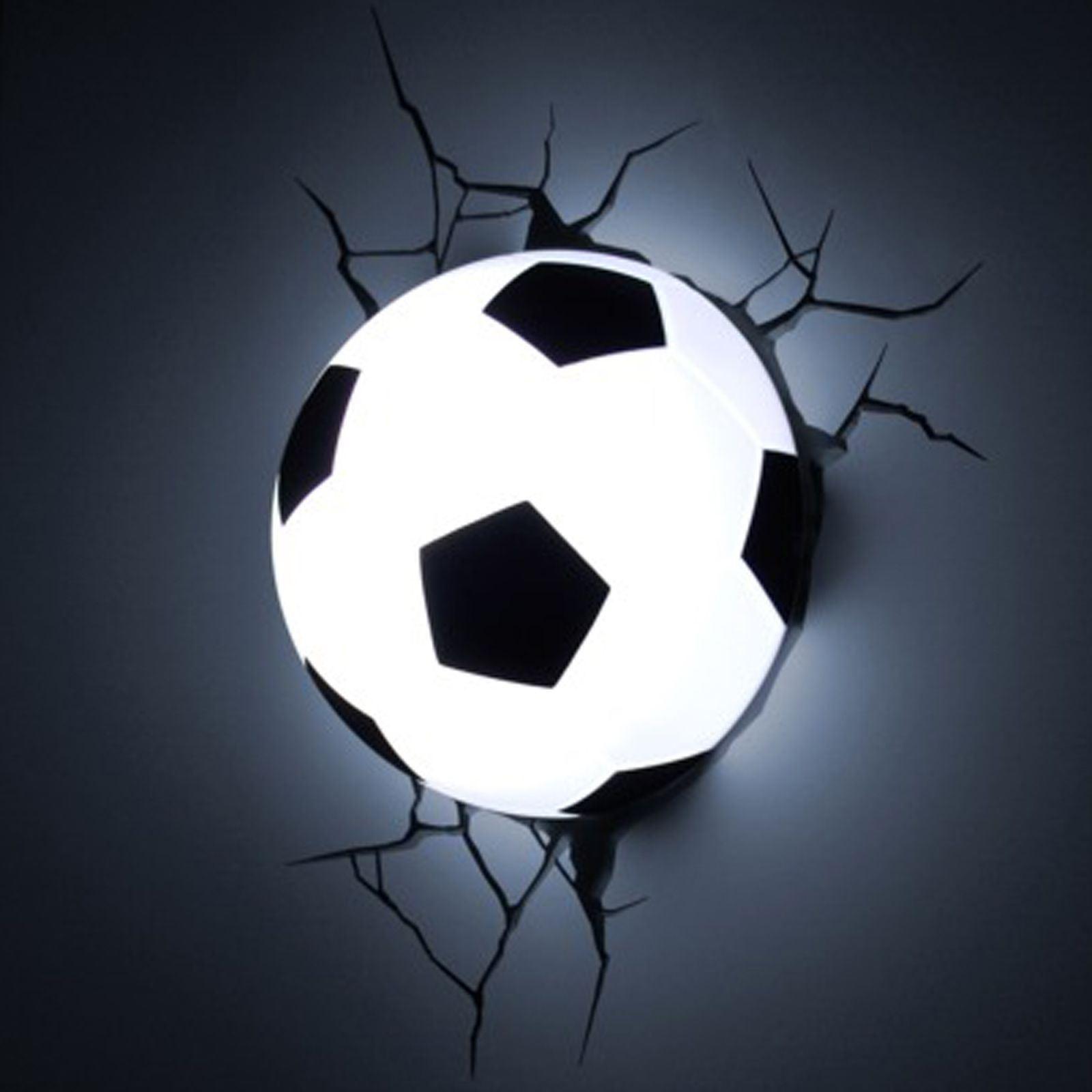 lampe murale ballon de football pour tous les amateurs de foot. Black Bedroom Furniture Sets. Home Design Ideas