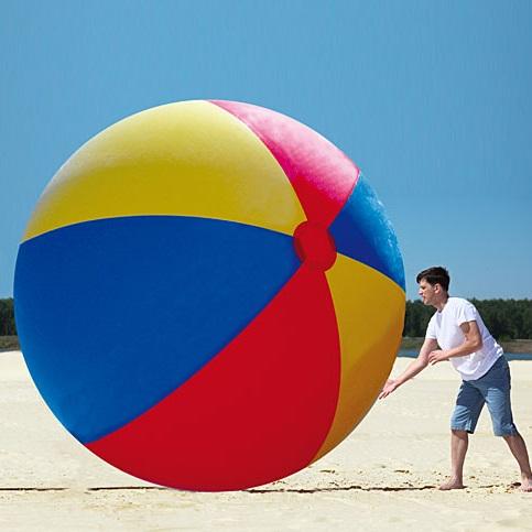 ballon-de-plage-geant