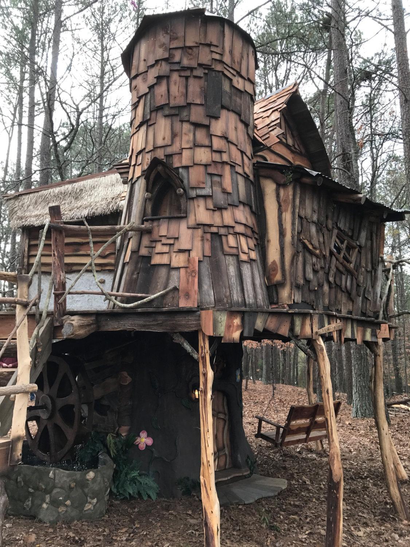 cabane-dans-les-arbres-perche-fait-main-1