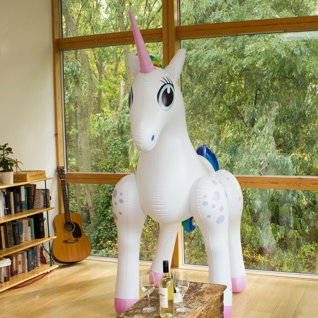 licorne-gonflable-geante-2-metres