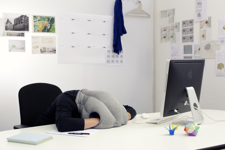 oreiller-de-voyage-ostrich-pillow-2