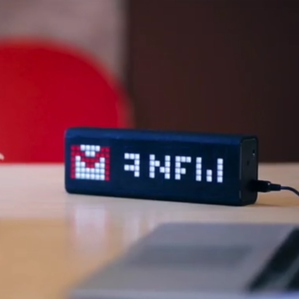 lametric-time-horloge-connectee-wifi-bluetooth