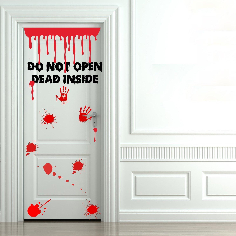 tache-de-sang-porte-walking-dead-zombie