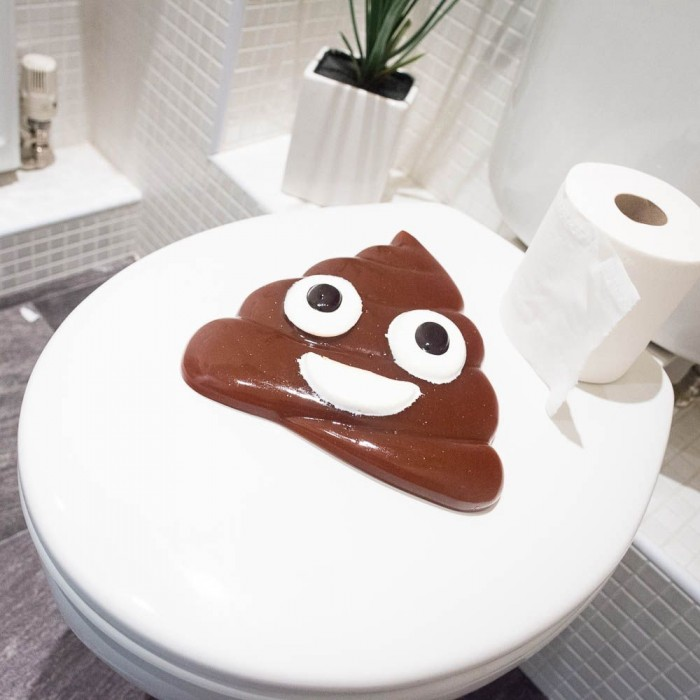 bonbon-geant-caca-emoji-poop-bubble-gum