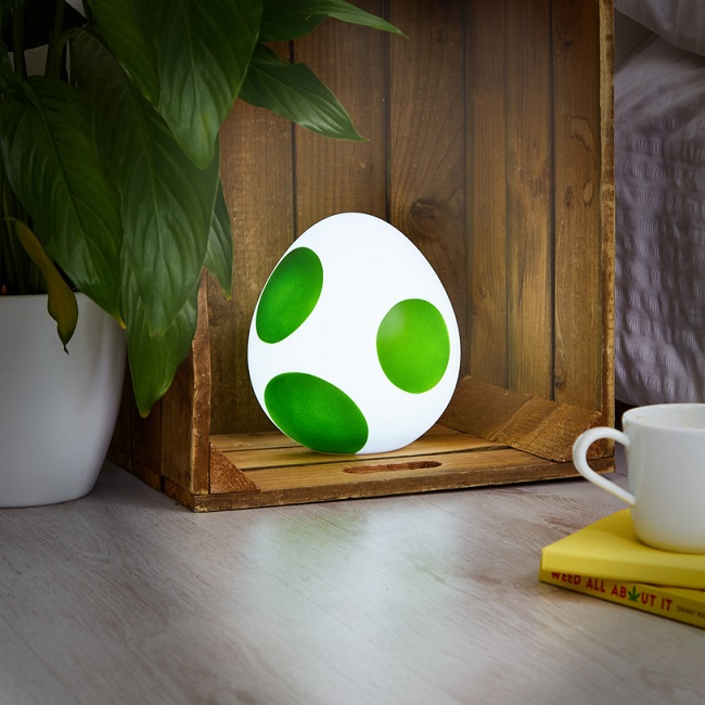 Lampe-oeuf-yoshi-super-mario-world-veilleuse-650-x-650