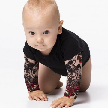 body-bras-tatoues-enfant-tatouage-bebe-1