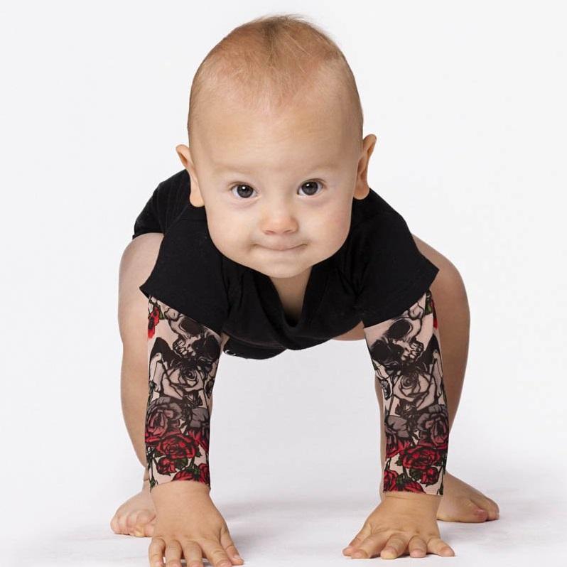body-bras-tatoues-enfant-tatouage-bebe
